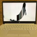 HP 14s-dk0102AUのパソコン修理 画面割れ