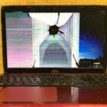 富士通 AH52/Mのパソコン修理 画面割れ
