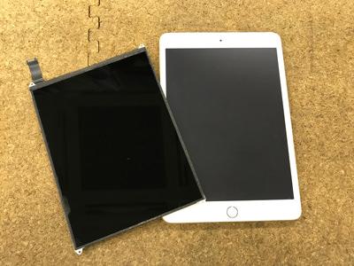 iPad 液晶交換