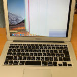 MacBook Air 2017 液晶割れ