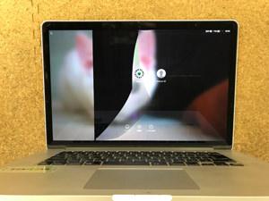 MacBook Pro 15 画面割れ