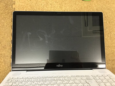 パソコン 画面が映らない