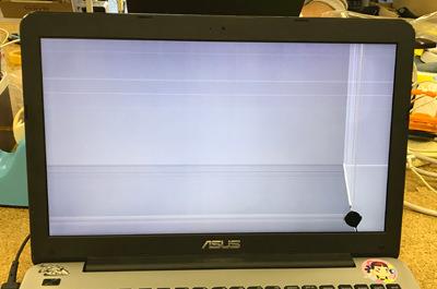 X555U 画面割れ