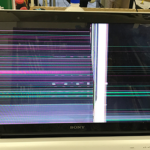 SONY SVF15217CJWの液晶画面割れ パソコン修理