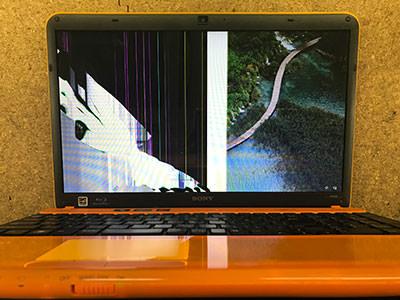 PCG-71611 画面故障