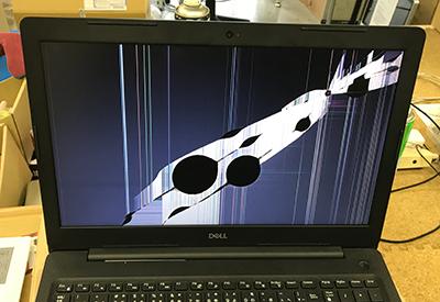Vostro 3582 液晶画面割れ