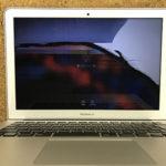 MacBook Air 画面が見えない 修理料金は?