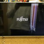 富士通  ESPRIMO FH55/B1の液晶画面割れ  パソコン修理