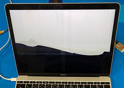 MacBook 画面が映らない