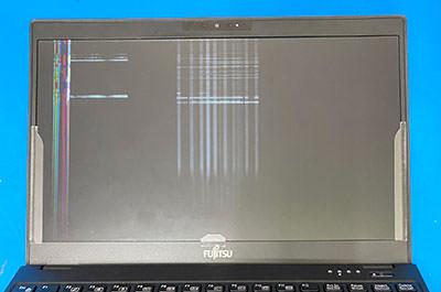 WU2/D2 液晶パネル割れ