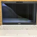 富士通 UH55/C3の画面割れ パソコン修理