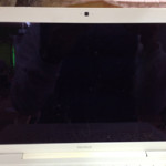 Macbook A1181のバックライト交換を格安に行います!