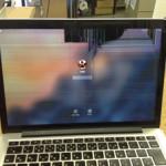 液晶修理 MacbookProRetina 持ち込み修理で即日対応が可能!