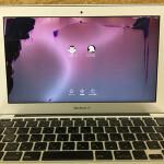 macbookair 11インチ 液晶割れ