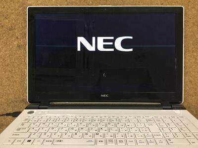 PC-NS150BAW 画面に線