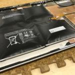 Surface バッテリー膨張