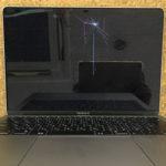 MacBook Air 2018 落下して画面が割れた修理