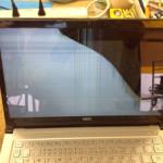 NEC ウルトラブックの表示不良、液晶割れが格安!